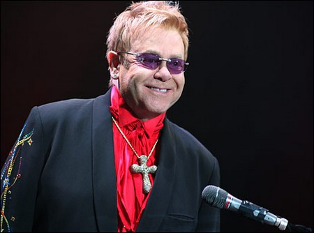 Cruel Elton John Forgets The Boy Who 'Stole His Heart'