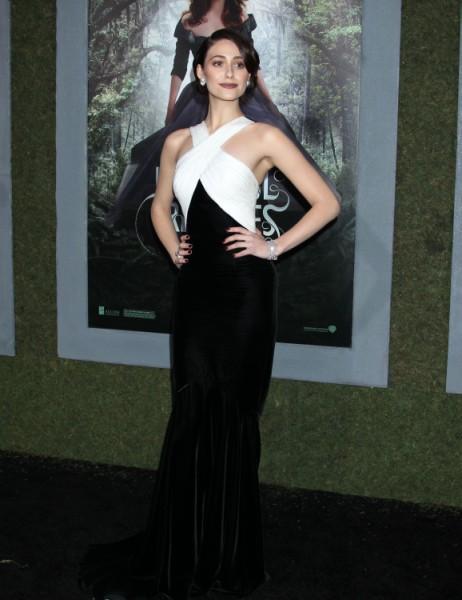 Emmy Rossum: Kristen Stewart Didn't Empower Women 0213