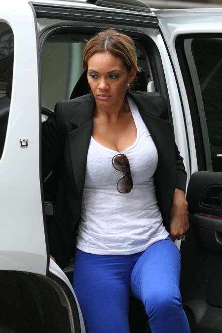 'Basketball Wives' Star Evelyn Lozada too Heartbroken for Public Appearances, Cancels Everything