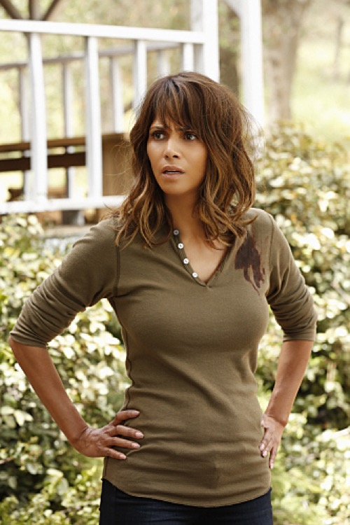 """Extant Recap: 8/12/15 Season 2 Episode 8 """"Arms and the Humanich"""""""