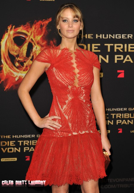 Jennifer Lawrence Was Peeing In The Woods During 'The Hunger Games'