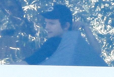 Just Friends? Ashton Kutcher And Mila Kunis Finally Caught Cuddling (Photos) 0701