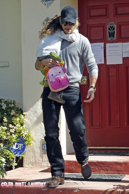 Gabriel Aubry Accused Of Child Neglect