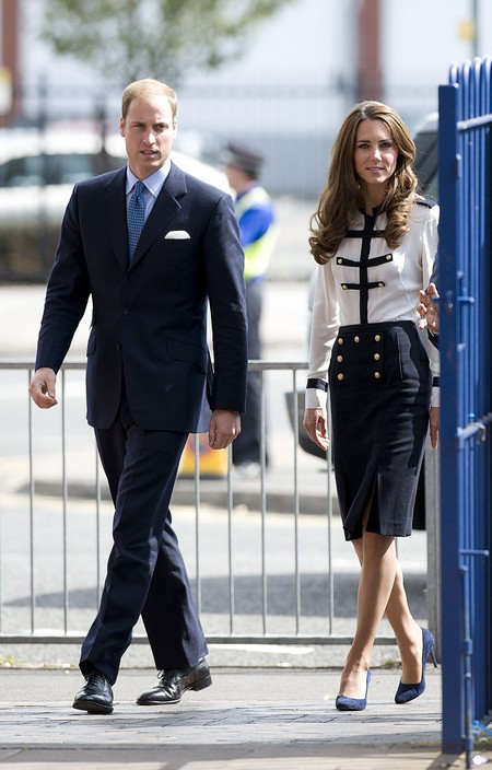 Kate Middleton And Prince William Threatened By Nudists