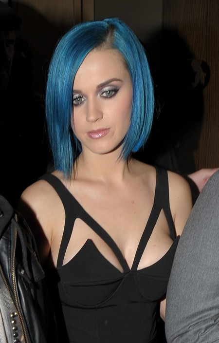Katy Perry Runs Out Of A Nightclub As Russell Brand Arrives