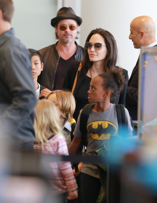 Brad Pitt Lost Family and Friends Because of Angelina Jolie: Divorce Leaves Actor Lonley and Hurt?