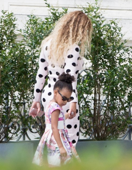 52133238 Singer Beyonce and her husband Jay-Z enjoy lunch at Loulou restaurant in the Tuileries's garden with their daughter Blue Ivy in Paris, France on July 26, 2016. Beyonce was rocking a tight polka dot covered dress which showed off her curvy physique during the outing. FameFlynet, Inc - Beverly Hills, CA, USA - +1 (310) 505-9876 RESTRICTIONS APPLY: USA ONLY