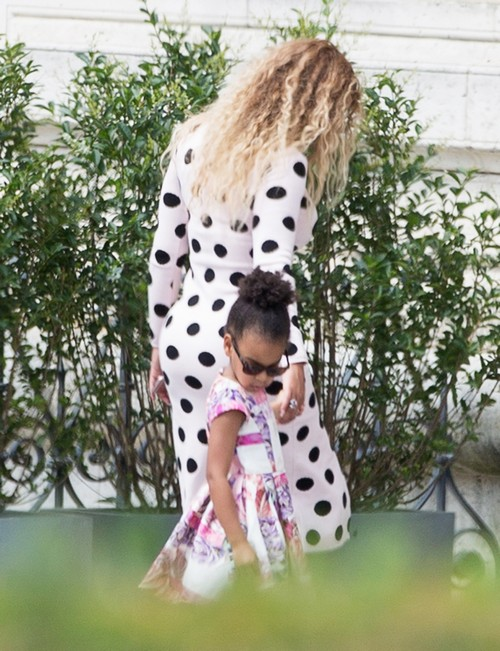 Beyonce and Jay-Z Building Million Dollar Nursery For Twins?