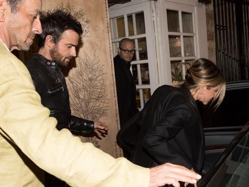 Justin Theroux Sends Brad Pitt a Message: 'Jennifer Aniston Is Mine'