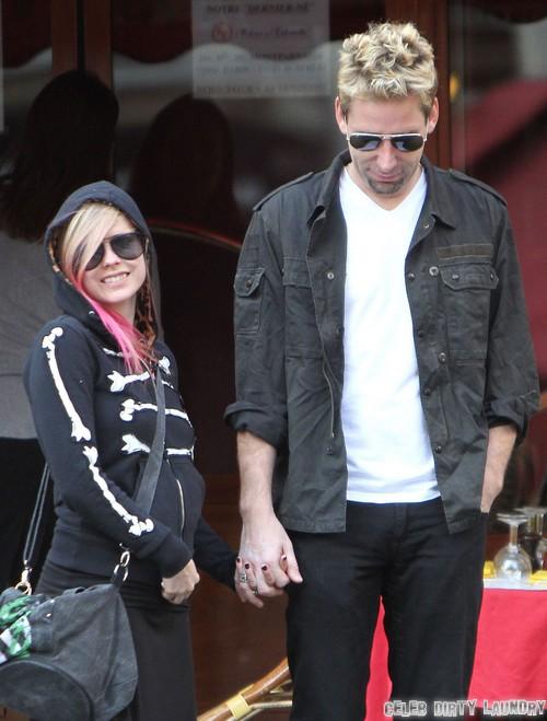 Avril Lavigne Talks Wedding To Chad Kroeger