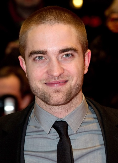 Robert Pattinson Forced To Wear A Wig