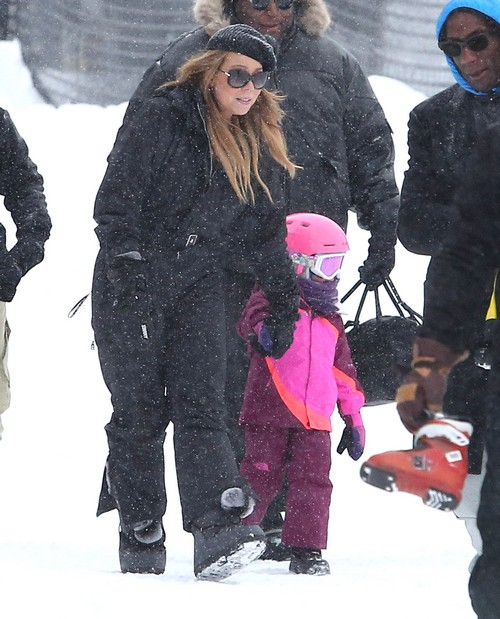 Mariah Carey Hits The Slopes With Her Kids In Aspen