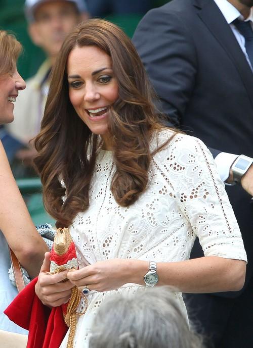Kate Middleton Wimbledon Photos - Pregnant or Plastic