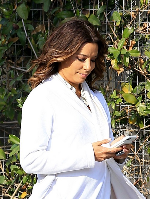 Is Eva Longoria Pregnant? Photos Show Diva Looking Plump While Filming 'Type A'