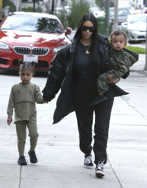 Kim And Kourtney Kardashian Meet Kanye West For Lunch In Woodland Hills