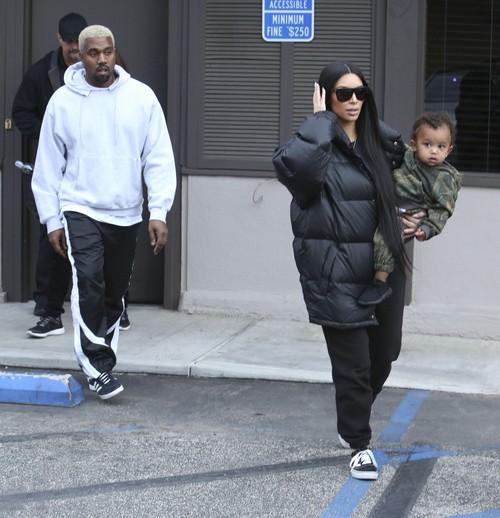Kim And Kourtney Kardashian Meet Kanye West For Lunch In Woodland Hills