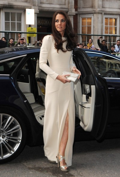 Kate Middleton's Clothing Costs Revealed: You'll Be Surprised By Who Pays The Bill! 0625