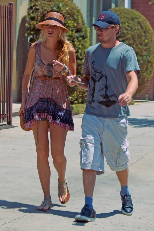 Exclusive Leonardo Dicaprio And Blake Lively Step Out In La Celeb