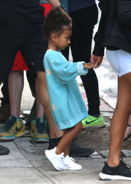Beyonce Launching Blue Ivy Products: Competes With Kim Kardashian - Kardashian Kids Clothing Line At Risk?