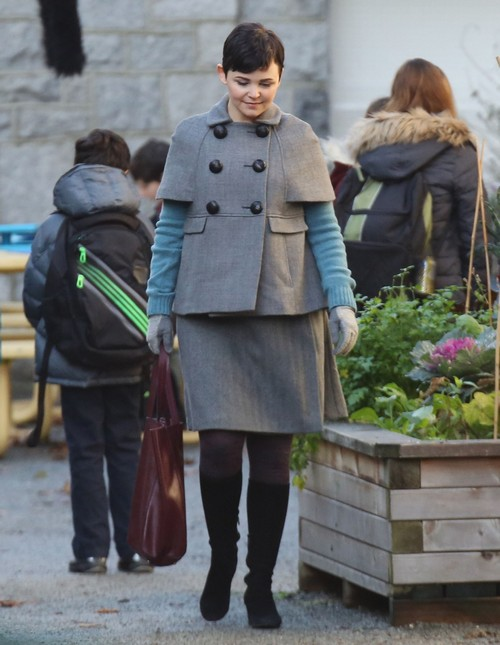 Exclusive Is Ginnifer Goodwin Hiding A Baby Bump