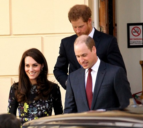 Kate Middleton Mumbles Through Heads Together Speech: Leaves Kensington Palace Embarrassed By Poor Public Speaking Skills