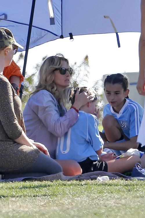 Julia Roberts, Danny Moder Divorce: Actress Hits Red Carpet Solo