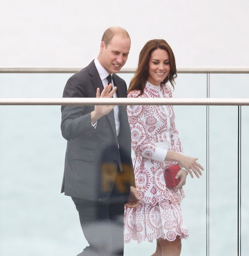 Prince William And Kate Middleton Arrive In Vancouver Via Float Plane