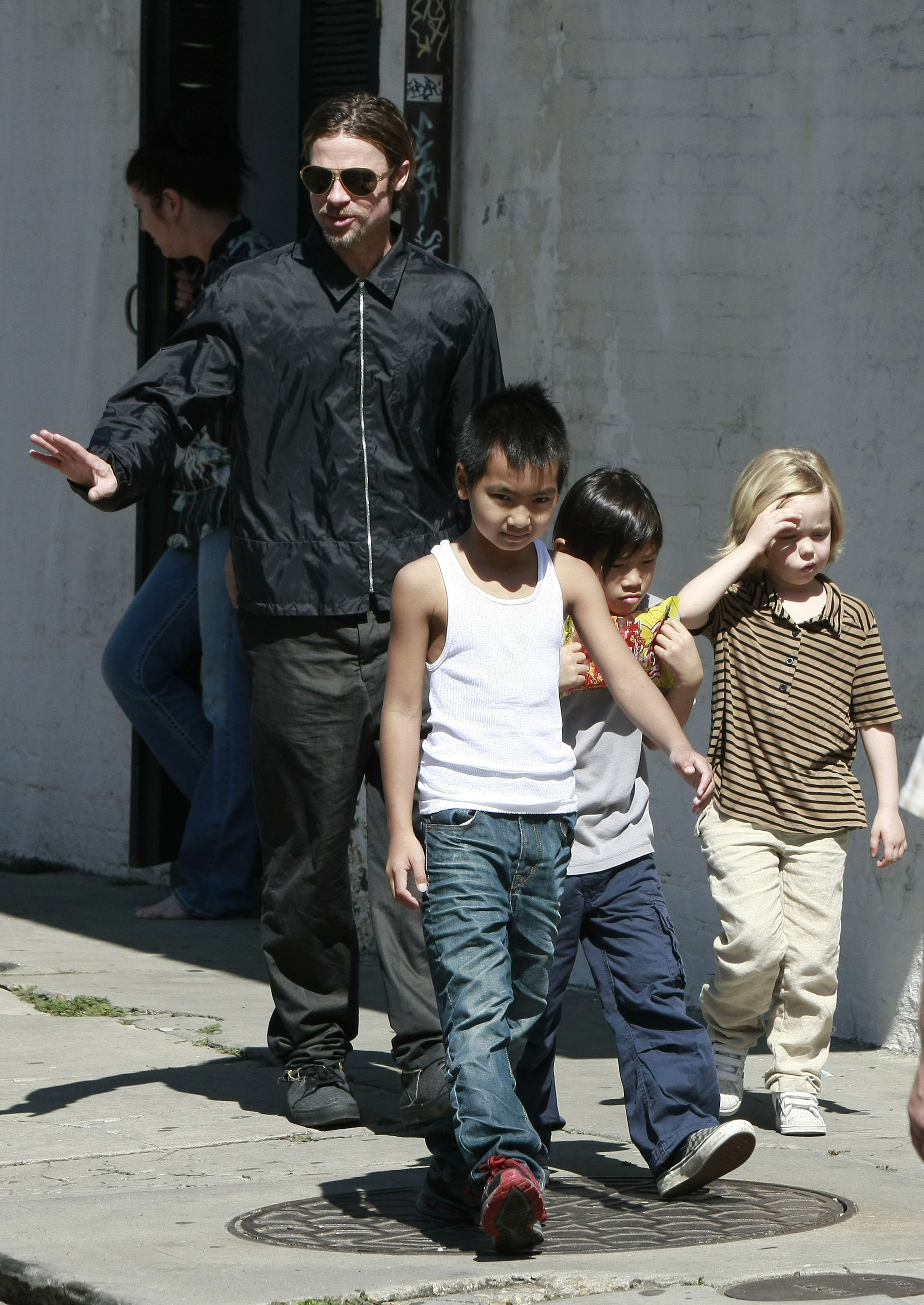 Angelina Jolie's Kids Want To Drop 'Pitt' From Last Name: Brad Pitt Disgusted With Divorce War