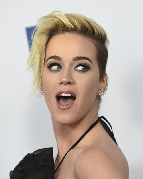 Taylor Swift Refuses To Attend 2017 MET Gala Because Katy Perry Is Co-Chairing?