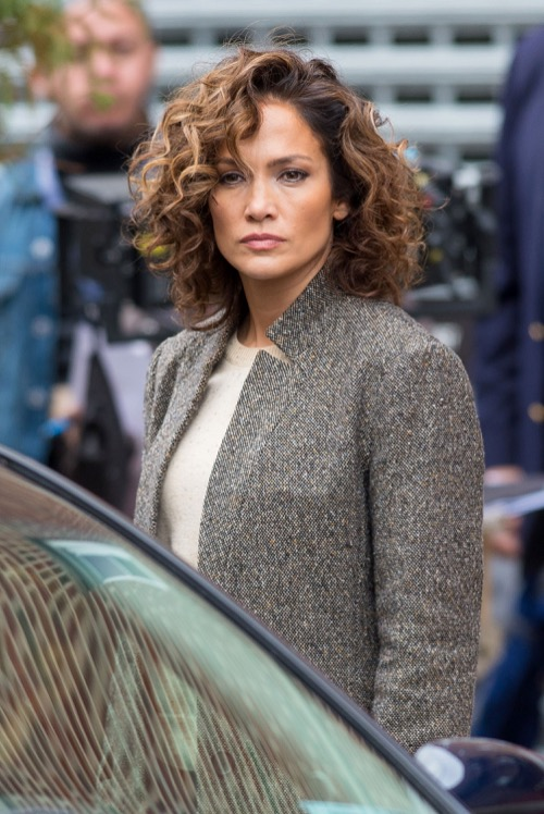 Jennifer Lopez, Casper Smart Wedding News – Planning Secret Thanksgiving Nuptials?