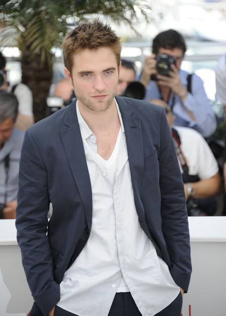 Ropert Pattinson Planned To Propose To Kristen Stewart Before Cheating Scandal