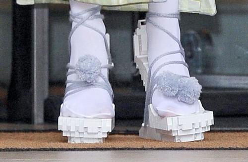 Perez Hilton Continues to Shade Lady Gaga - Feud Analyzed