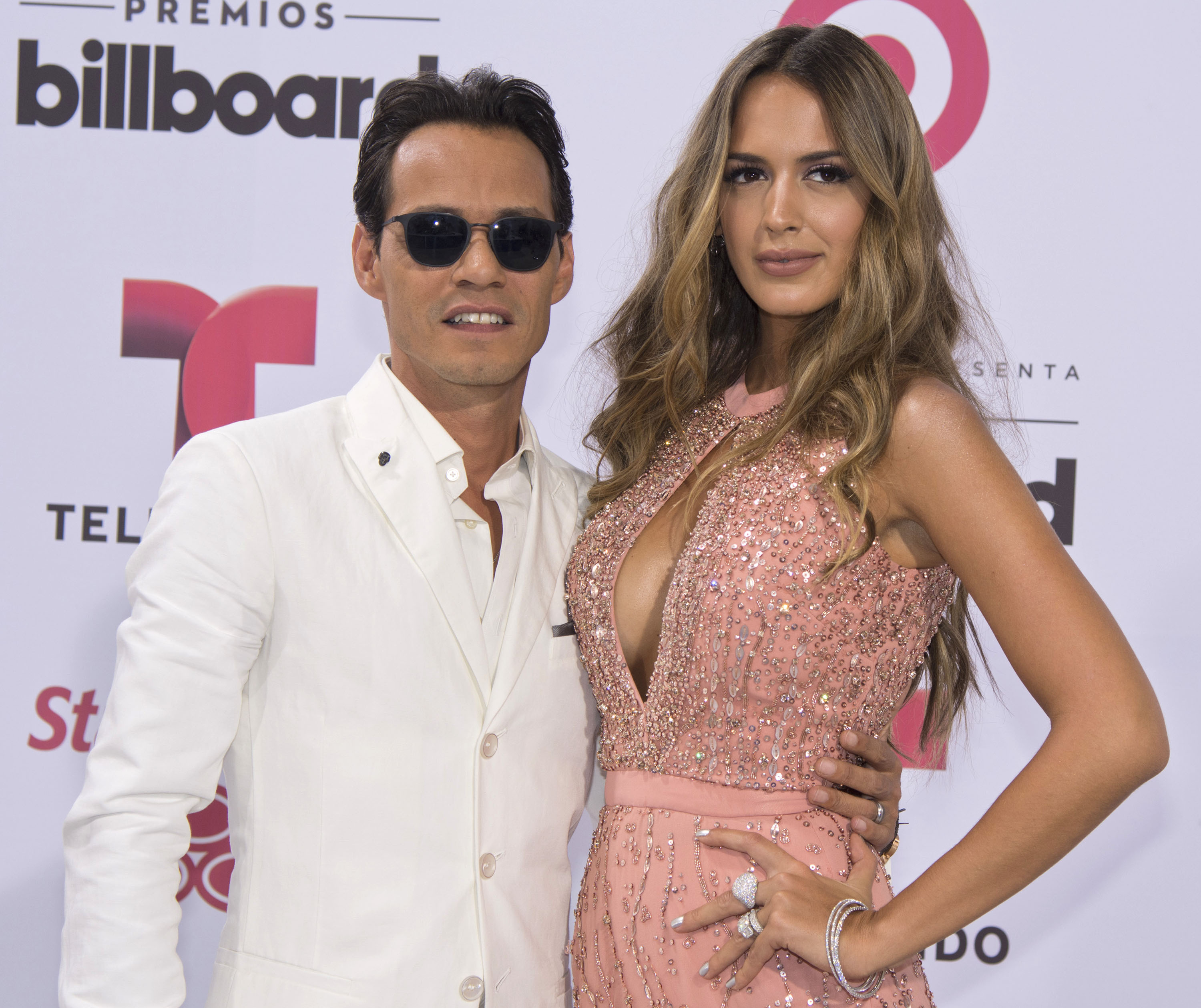 Jennifer Lopez and Marc Anthony Kiss After Shannon De Lima Separation: JLo and Marc Back Together?