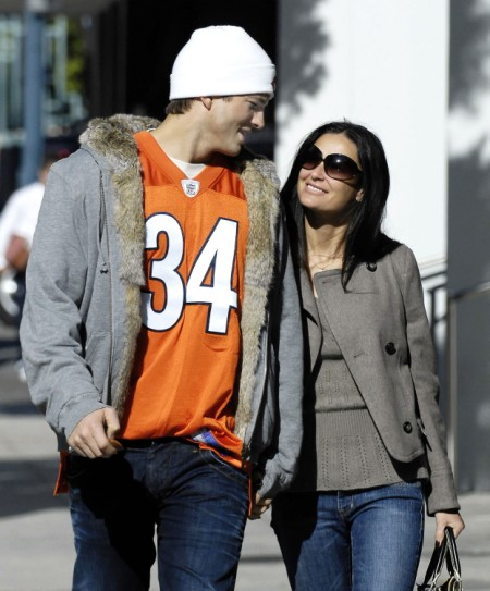 Reconciled Demi Moore And Ashton Kutcher Meeting In Secret 0528