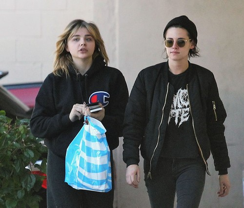 Kristen Stewart Dumps Stella Maxwell For Chloe Grace Moretz: New Love Interest?