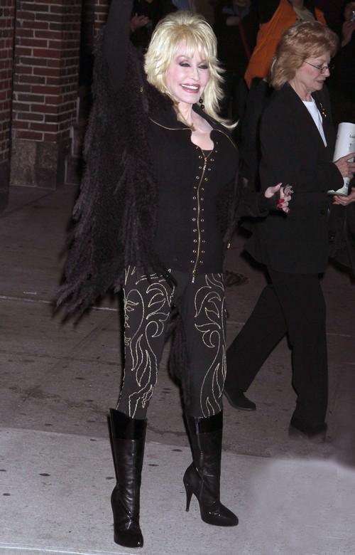 Dolly Parton: Sorry, Ladies- I'm not Gay!