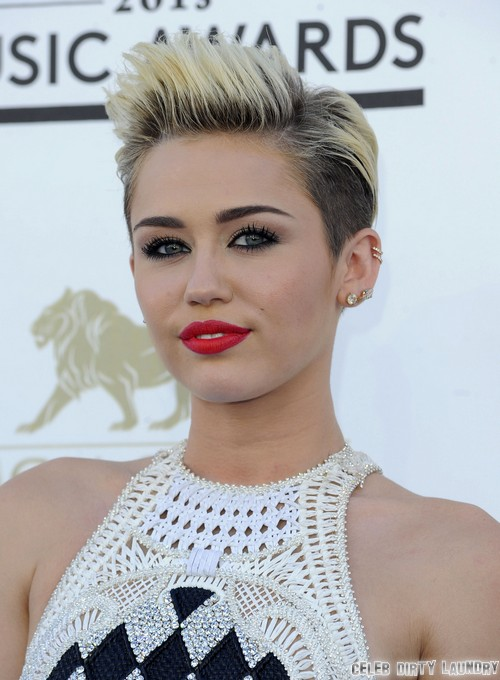 Miley Cyrus & Liam Hemsworth Split Because She's Immature
