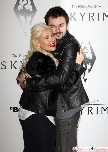 Christina Aguilera's Ultimatum To Boyfriend Matthew Rutler: Marry Me Or Get Lost!
