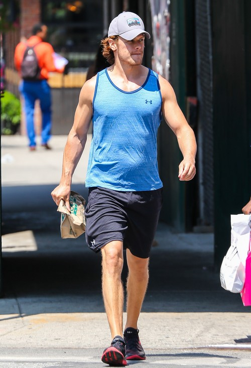 Sam Heughan Leaves The Gym In New York City