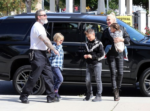 Is Gwen Stefani Pregnant: Delays Blake Shelton Marriage To Have a Baby?