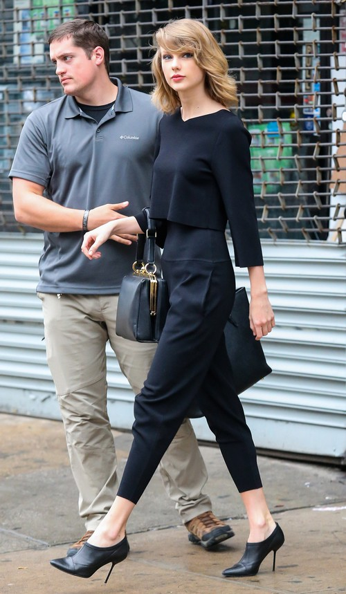 Taylor Swift Steps Out Of The Gym In Nyc Celeb Dirty Laundry