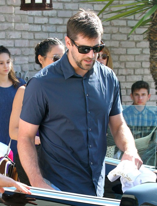 Aaron Rodgers Dumped Olivia Munn: NFL Star Chose Family Over Girlfriend