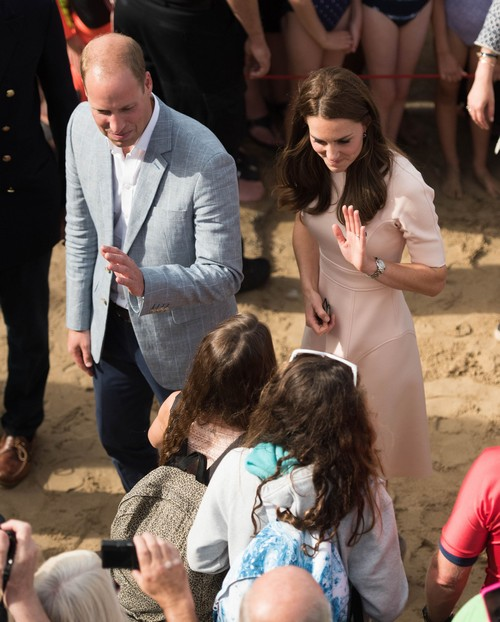 Queen Elizabeth Using Prince William And Kate Middleton As Unofficial Brexit Ambassadors