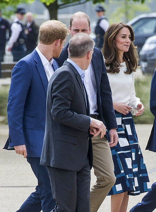 Kate Middleton Praises Prince Harry: Wishes Prince William Was More Like Little Brother?