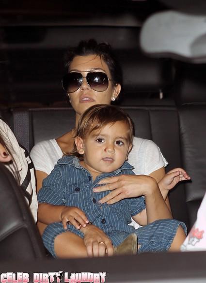 Kourtney Kardashian Schleps Son To Manhattan Plastic Surgeon