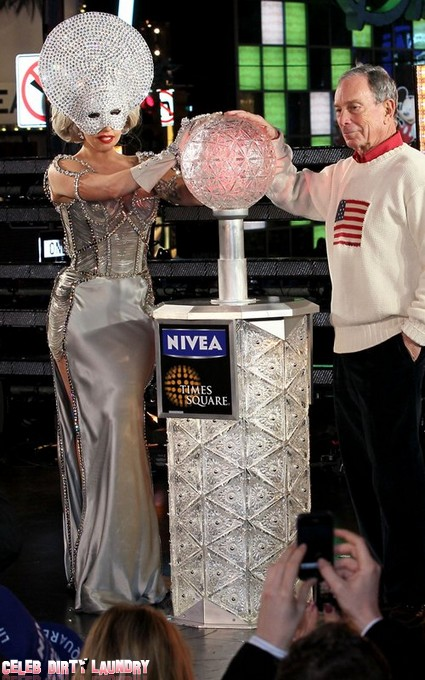 Lady Gaga Almost Outshines Ball In New York
