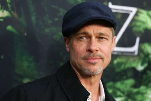 Angelina Jolie Desperate To Win Brad Pitt Back - Brad Refuses!