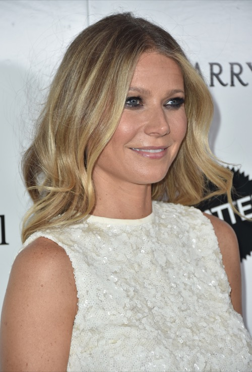 Gwyneth Paltrow Smokes Cigarettes Despite Her Healthy Lifestyle