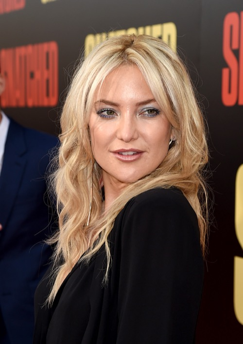 Kate Hudson's Cosmopolitan Interview Has Mothers Mad