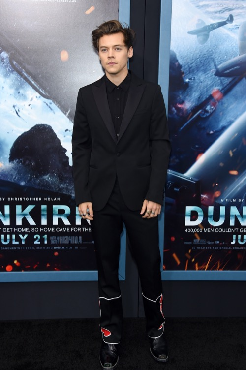 Taylor Swift Jealous Of Harry Styles' Movie Success: Dunkirk Box Office Exceeds Expectations